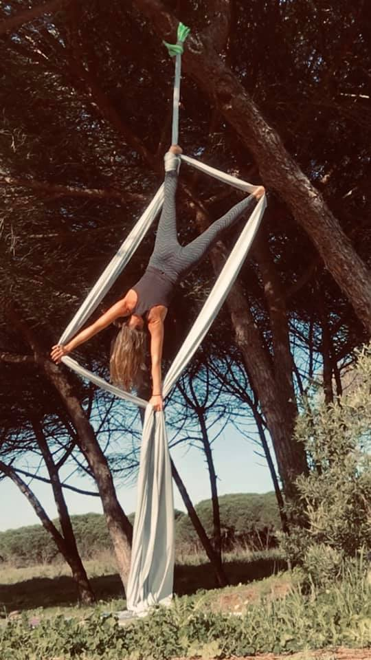 Outdoors Aerial Silks with Mare Cavalcanti