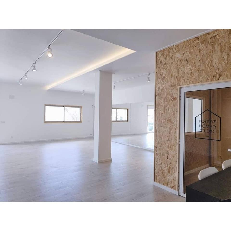 Positive Nomad Studio. K-Pop and Ballet Ericeira